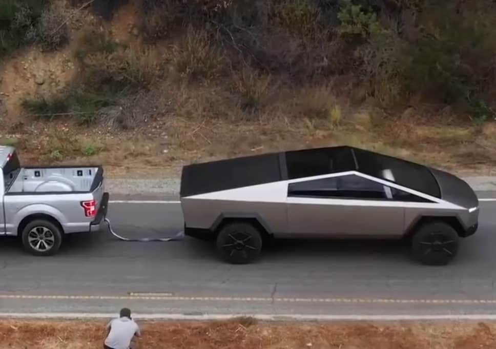 Ford Reacts after Tesla Cybertruck pulls F-150 in tug-of-war video