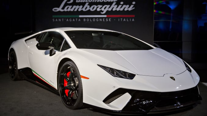 Amazon partners with Lamborghini