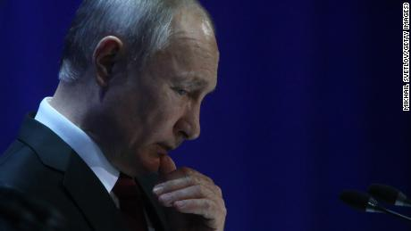 Why Russia and Vladimir Putin are waging an oil war with America