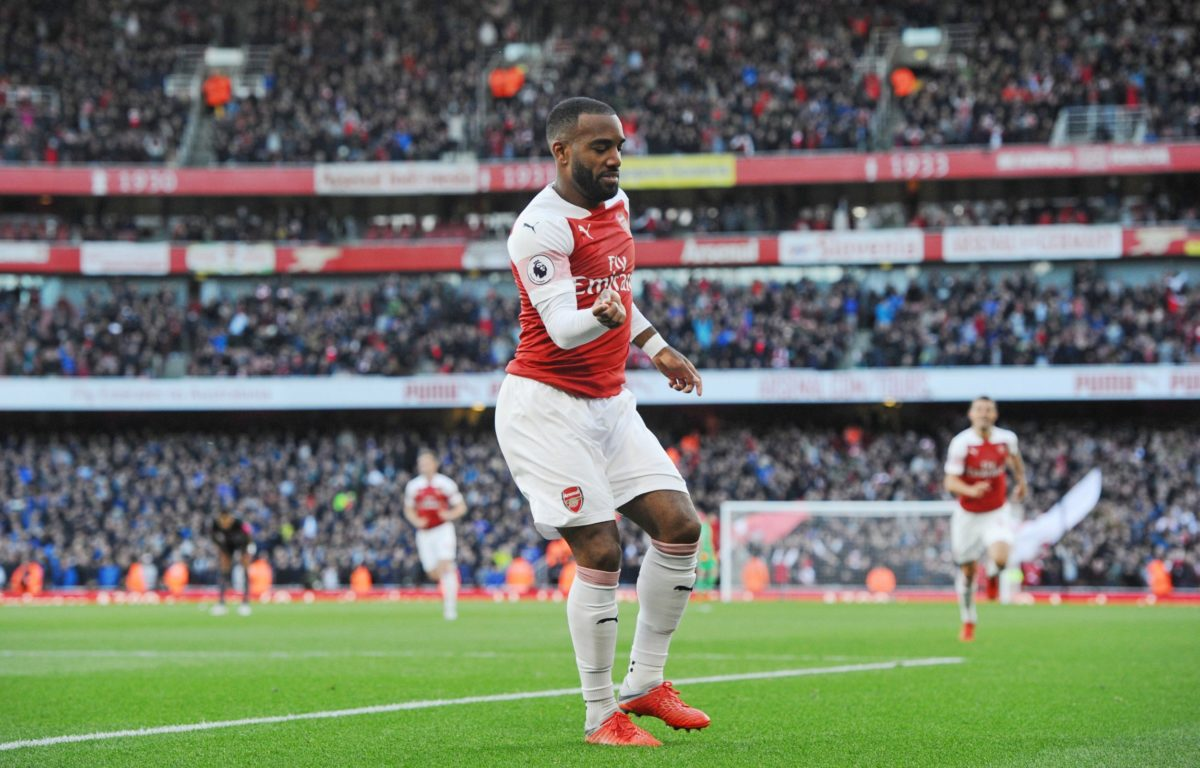 Arsenal celebrate Arsenal beat Portsmouth to reach FA Cup quarter-finals