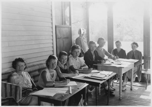 FERA, _Camps_for_Unemployed_Women, _Maine _-_ NARA _-_ 196588.tif