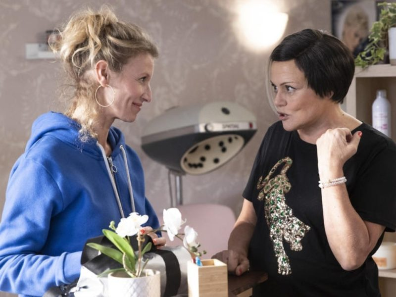 I Love You Hairstyle on TF1: what does the press think of Muriel Robin's TV movie adapted from her sketches?