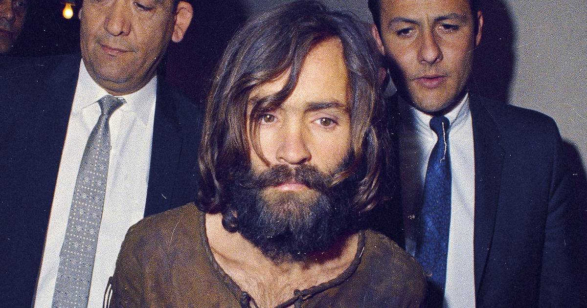 Relatives of Manson 'family' murder victims outraged by DA's new policy
