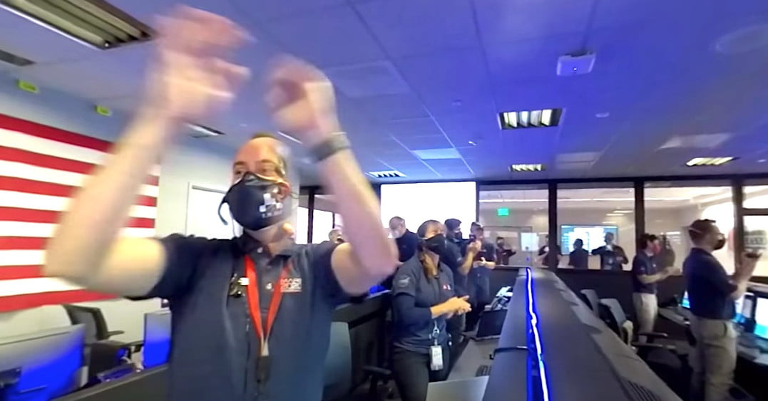 Immersive 360 Video Captures NASA Celebrations of Mars Landing