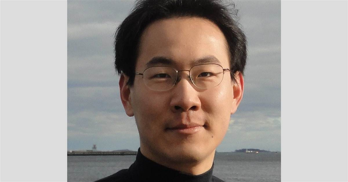 MIT grad sought in shooting death of Yale student