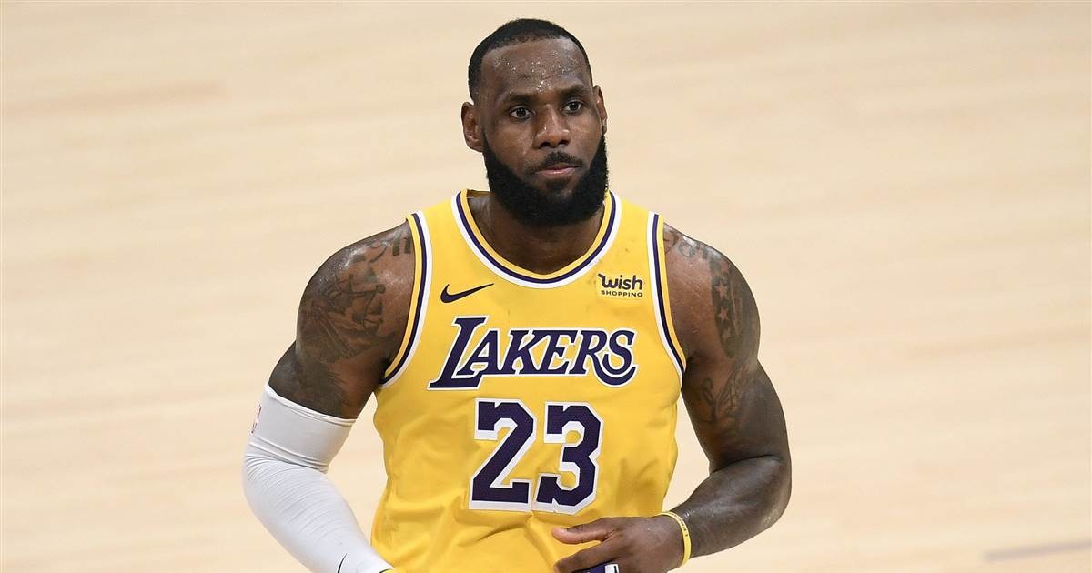 LeBron James responds to Zlatan Ibrahimovic telling him to stay out of politics