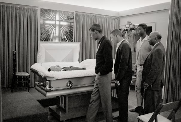 MLK_mourning_funeral_GettyImages-517721614