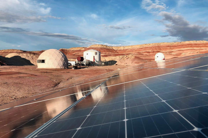 solar panels at the mars desert research station
