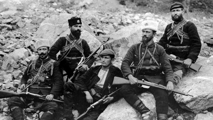 Soldats de la guerre des Balkans