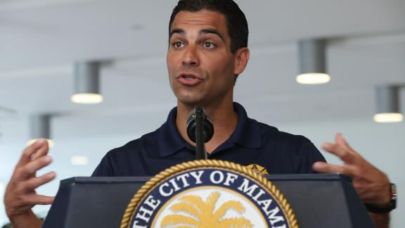 Francisco Suarez, Miami Mayor championed a plan to tackle air by the impact of the crisis.
