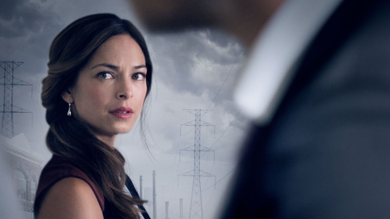 Alone against everyone on Téva: what becomes of Kristin Kreuk (Lana) since Smallville?  - News Series on TV