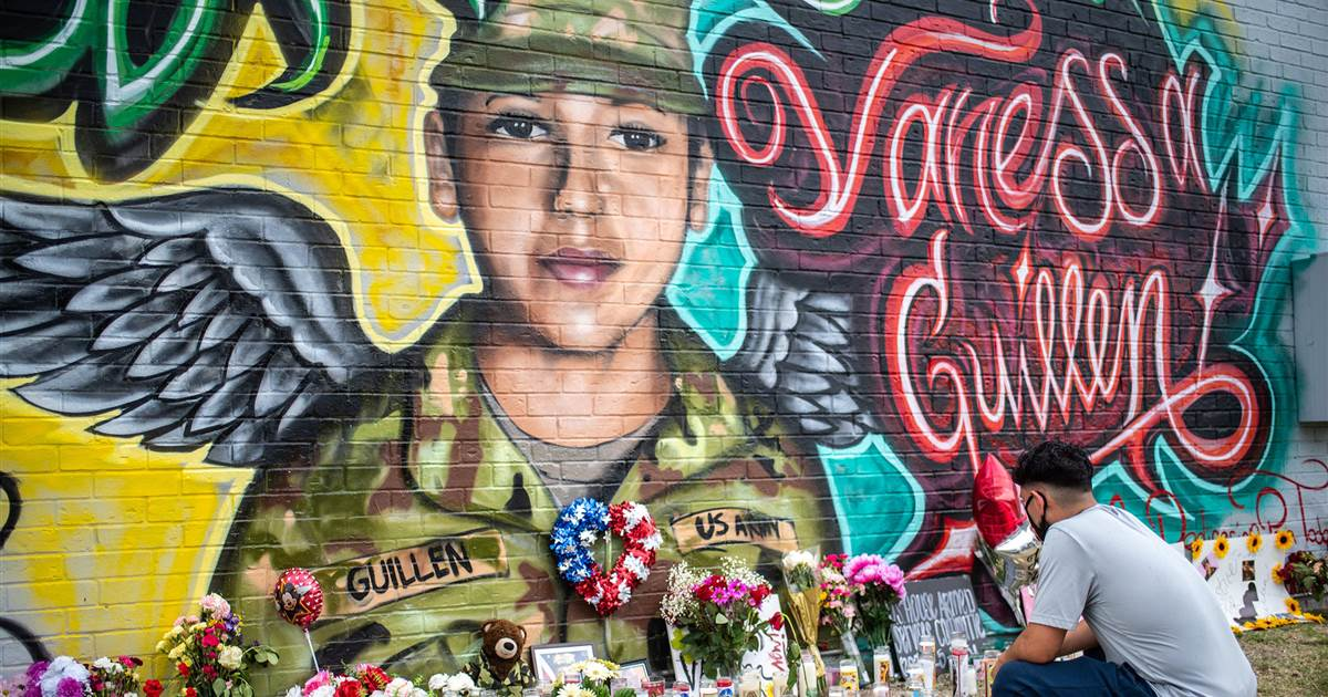 Gate in honor of Vanessa Guillén is unveiled at Fort Hood