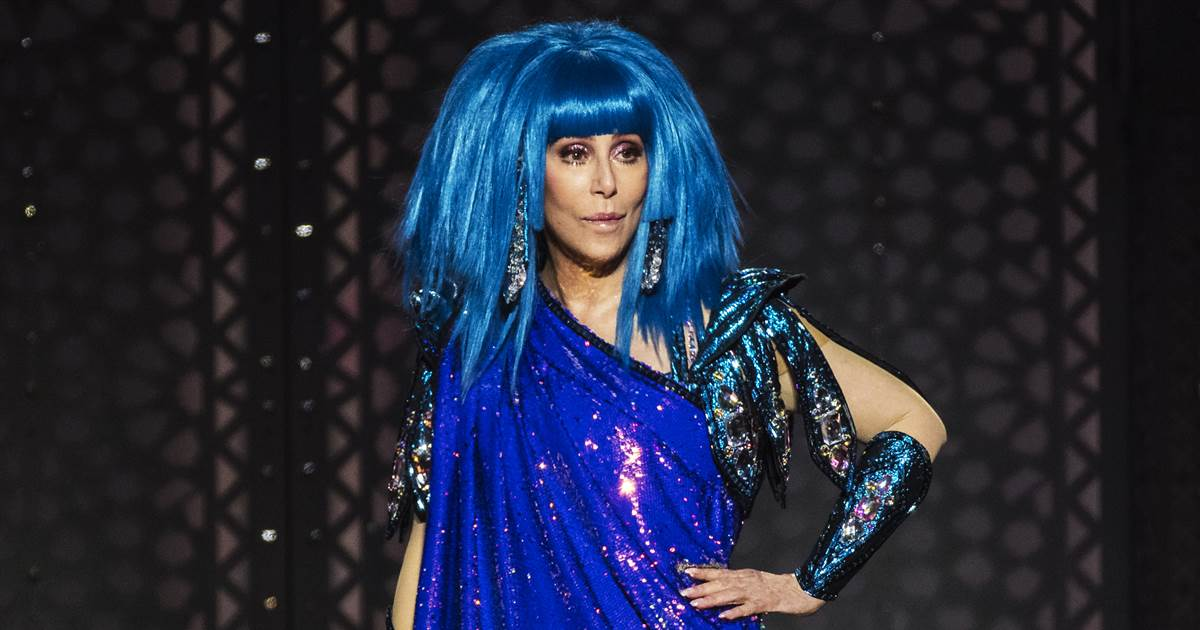 Cher apologizes after criticism over her George Floyd tweet