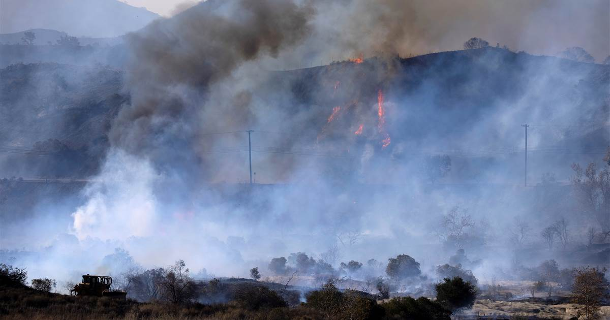 Western states brace for 'very active wildfire season' following warm, dry winter