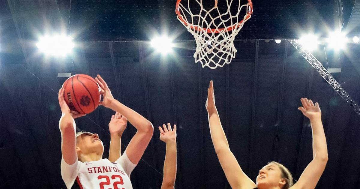 Stanford holds off Arizona to win first NCAA women's title since 1992