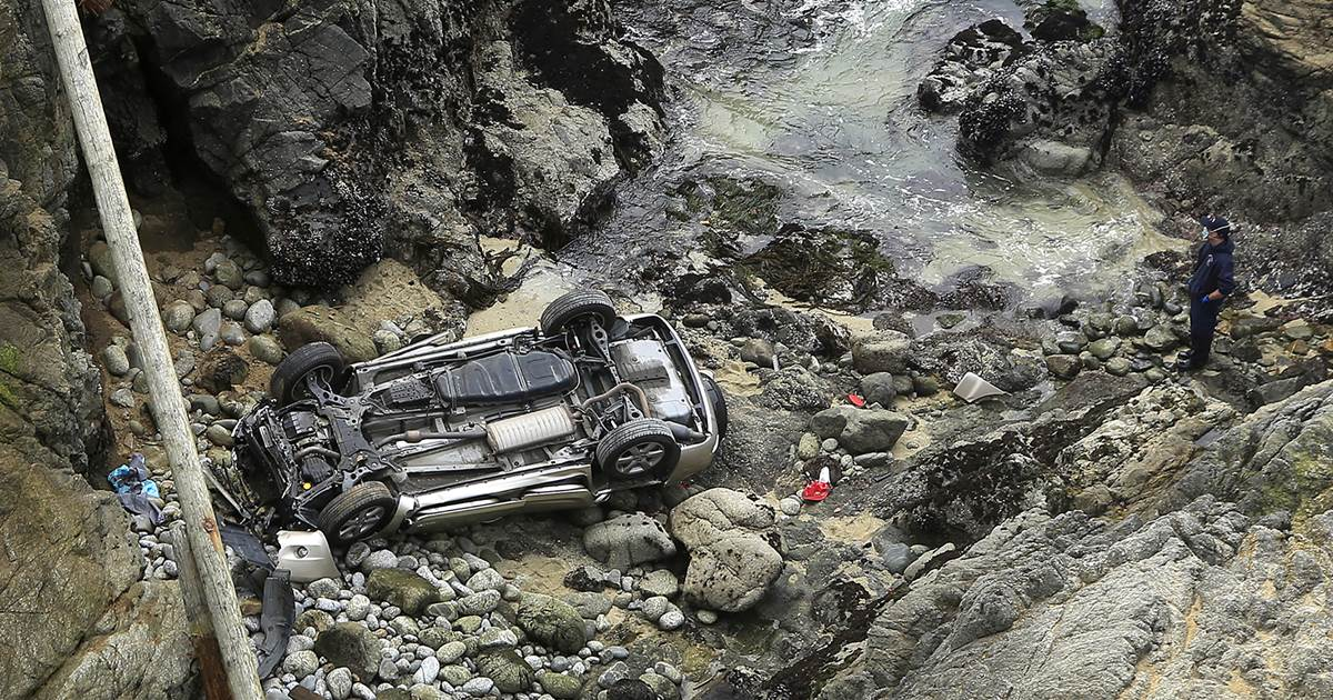 Mother, daughter die after their car plunges off California cliff