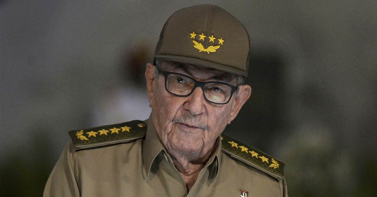 Cuba's Raul Castro confirms he's stepping down as head of Communist Party