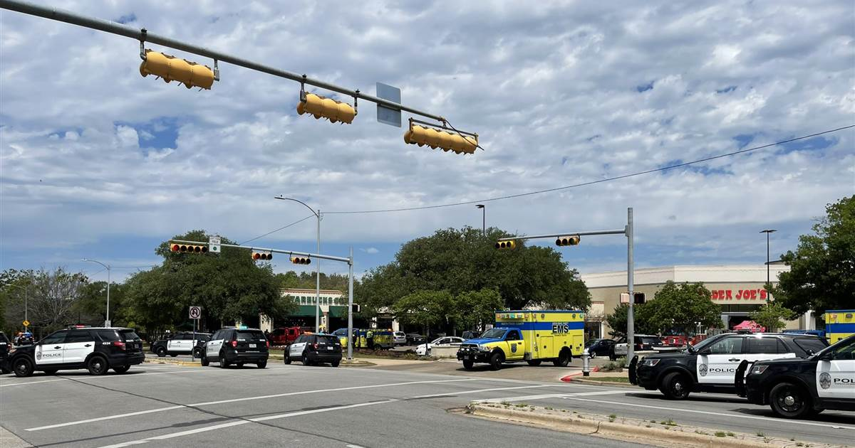 3 dead in 'domestic' shooting situation in Austin, Texas, officials say scene remains active