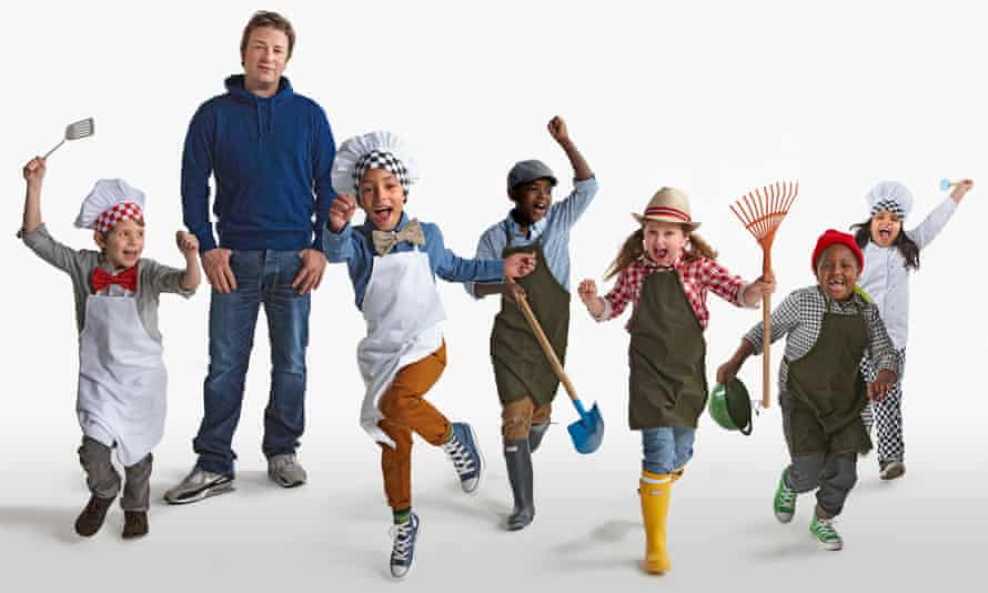 Jamie Oliver and kids from Rotherfield Primary School