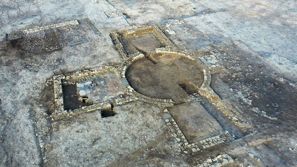 Roman Stately Home by the English Sea? Discovery Seems to Suggest So!