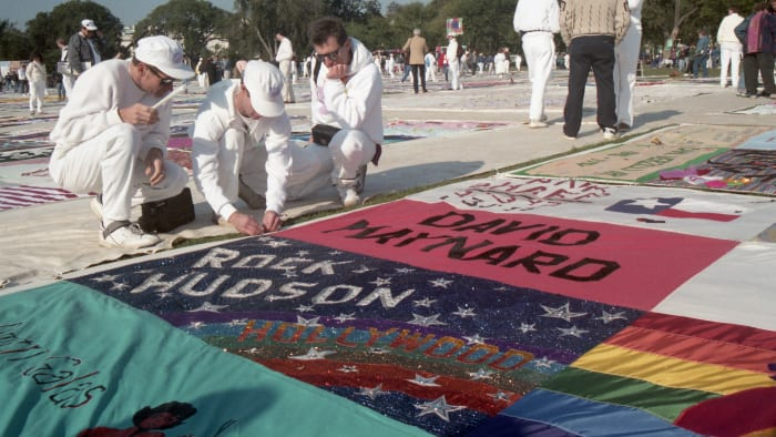 The AIDS Memorial Quilt featured the names of 1,920 people who died of AIDS-related illnesses when it was first displayed in 1987—the number eventually grew to over 10,000.