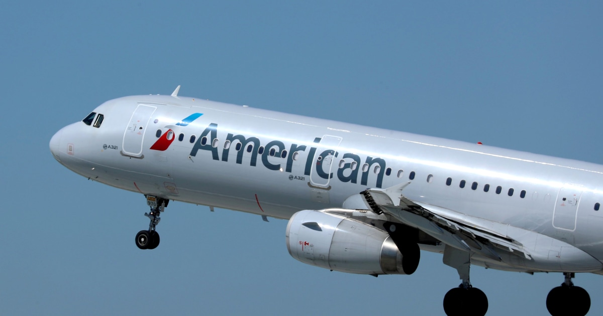 American Airlines extends alcohol service suspension after Southwest Airlines assault