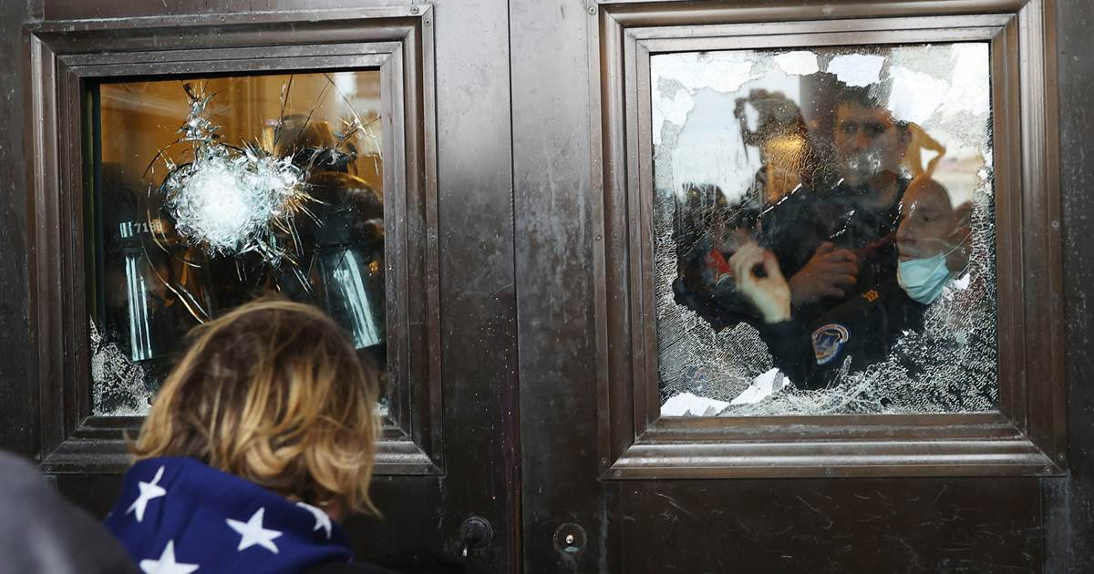 Feds may have raided home of wrong woman involved in Capitol riot in search for Pelosi's laptop