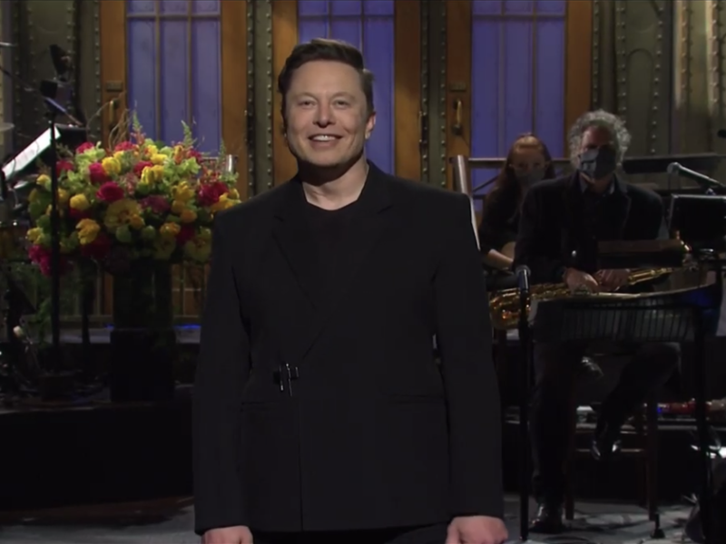 Elon Musk delivers laughs, tips hat to cryptocurrency on 'SNL'