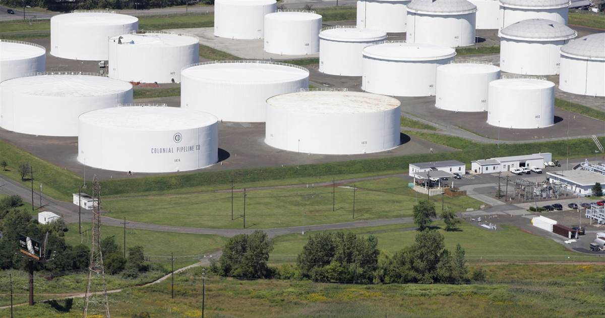 Cyberattack on U.S. pipeline is linked to criminal gang