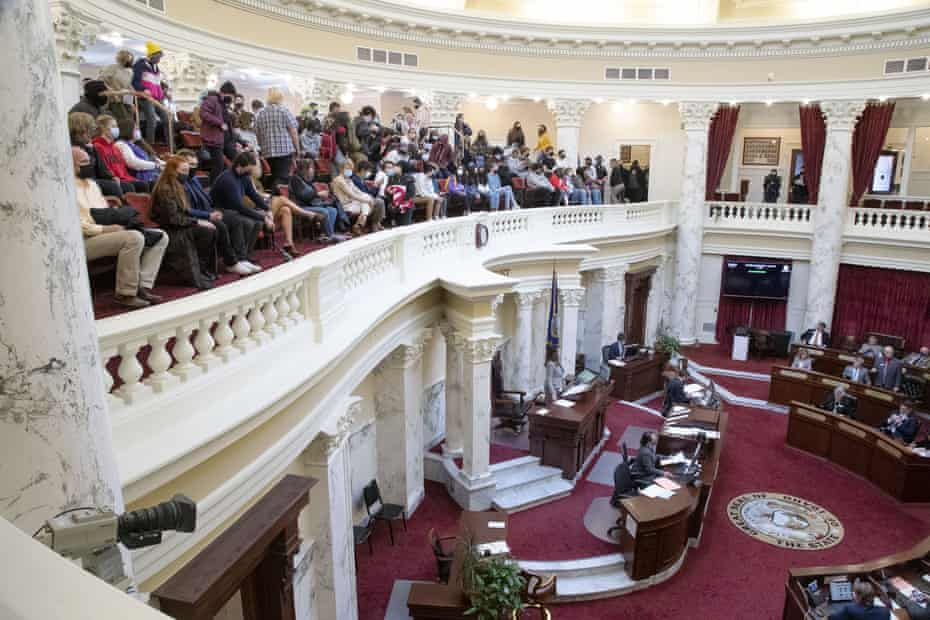 Idaho students fill the gallery as H377 is debated and passed by the Idaho senate this week.