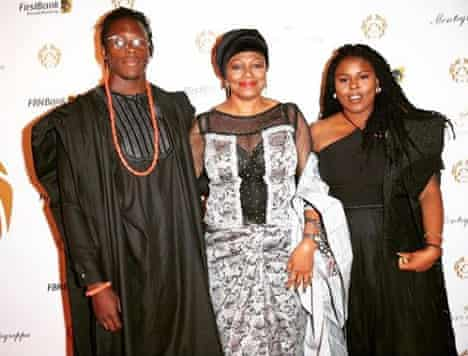 Rugby player Maro Itoje with his mother, Florence, and sister, Isabel, on 1/10/18, Nigerian Independence Day