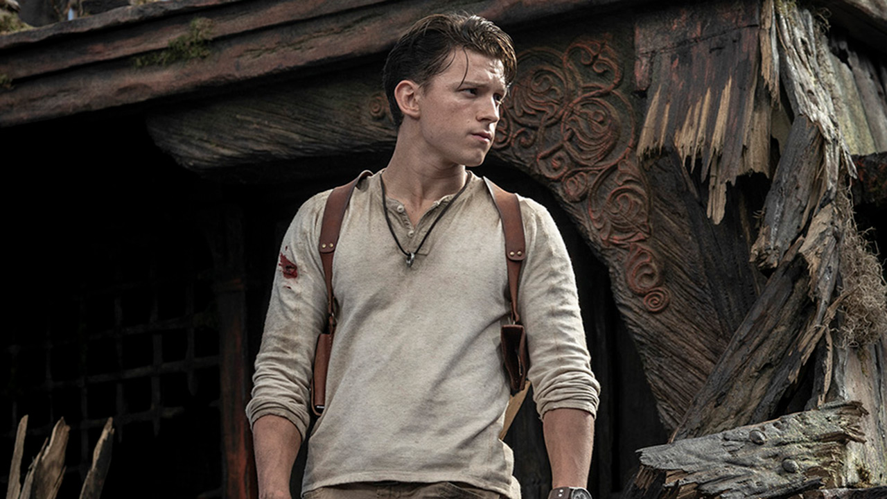 Uncharted: first photo of Mark Walhberg as Sully without his mustache!  - Cinema News