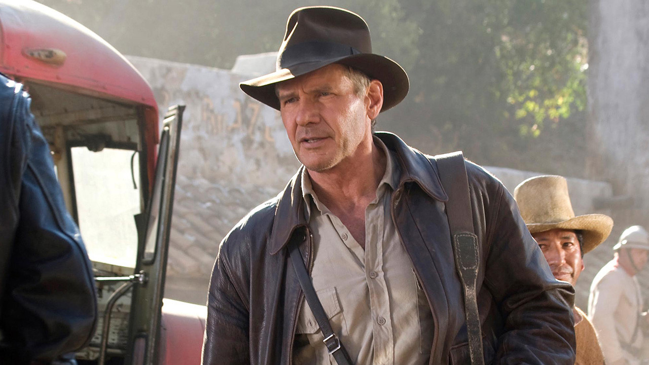Indiana Jones 5: first photo of Harrison Ford in costume on the set