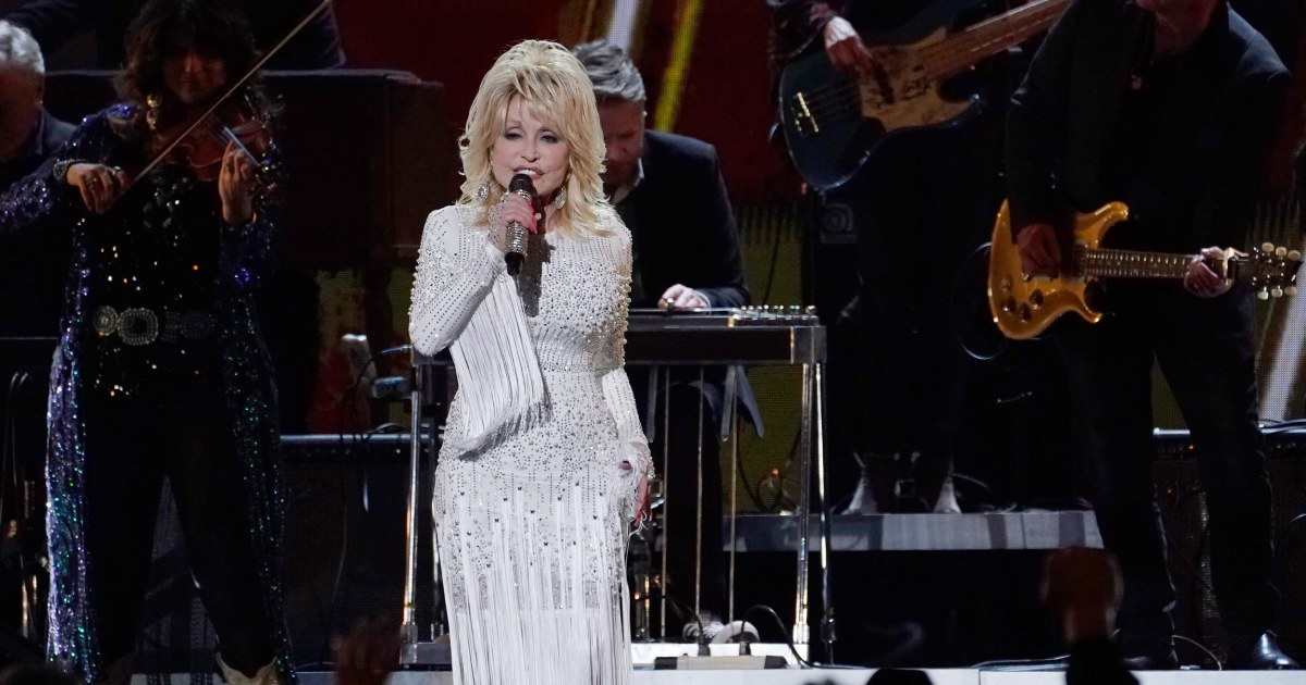 Dolly Parton is expanding Dollywood with half a billion dollar renovation