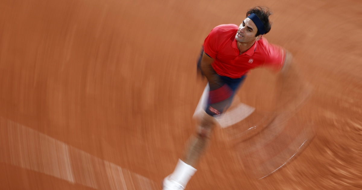Roger Federer withdraws from French Open after lengthy win, cites knee surgeries