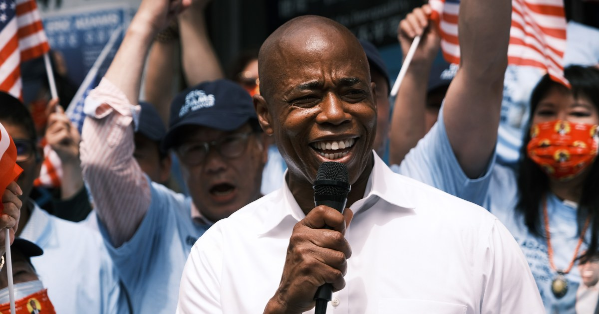NYC mayoral hopeful Eric Adams defends residency questions with Brooklyn home tour