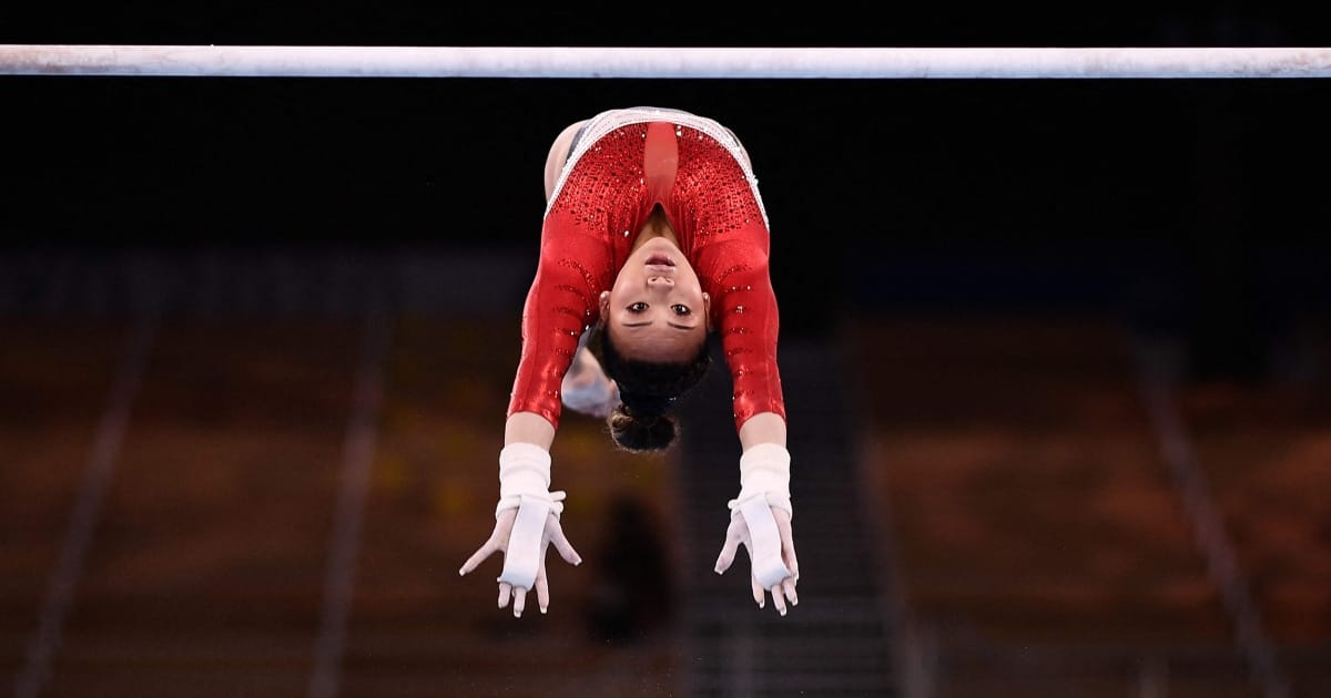 Gymnast Suni Lee's dad couldn't afford a balance beam, so he built her one