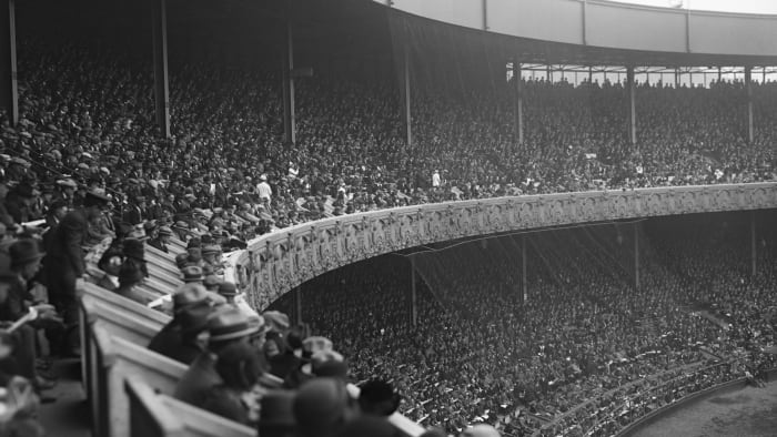 In the decisive sixth game of the 1923 World Series, the Yankees beat the Giants at the Polo Grounds.