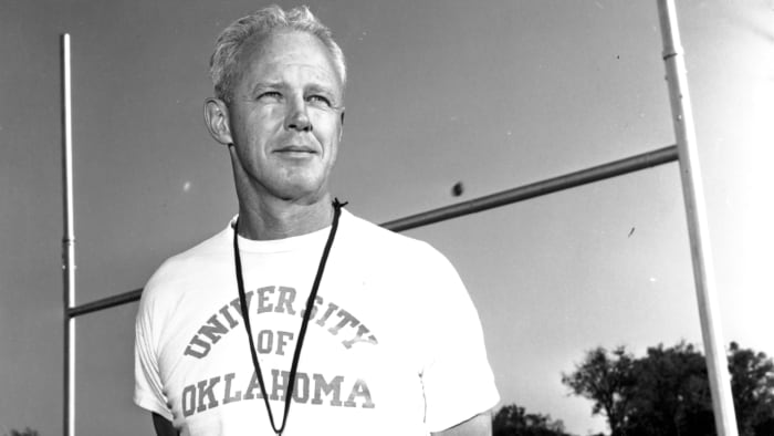 Bud Wilkinson's teams in Oklahoma won 47 straight games from October 1953 to November 1957.