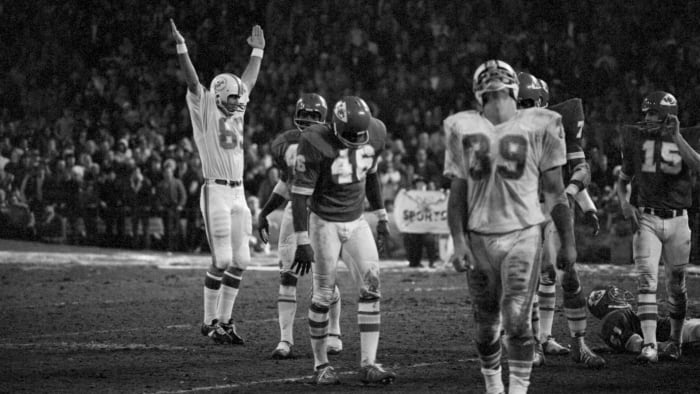 The Dolphins celebrate after Garo Yepremian's winning field goal against the Kansas City Chiefs.