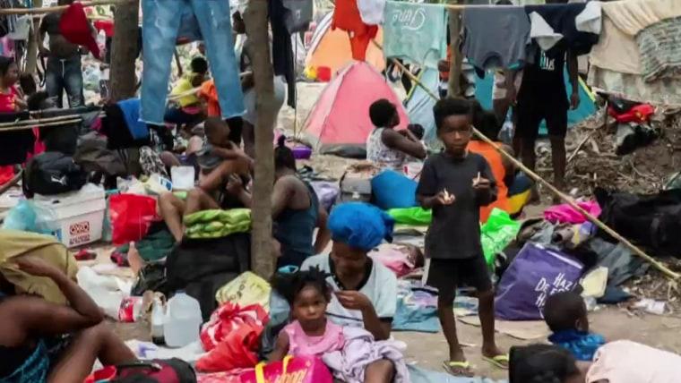 Top U.S. diplomat in Haiti resigns over 'inhumane' treatment of migrants