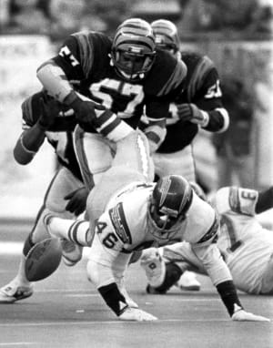 Chuck Muncie of the San Diego Chargers fumbled in the frigid Cincinnati game.