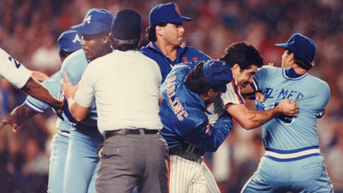 In 1986, the Mets were involved in four field brawls in eight weeks. Here they fight with the Atlanta Braves.