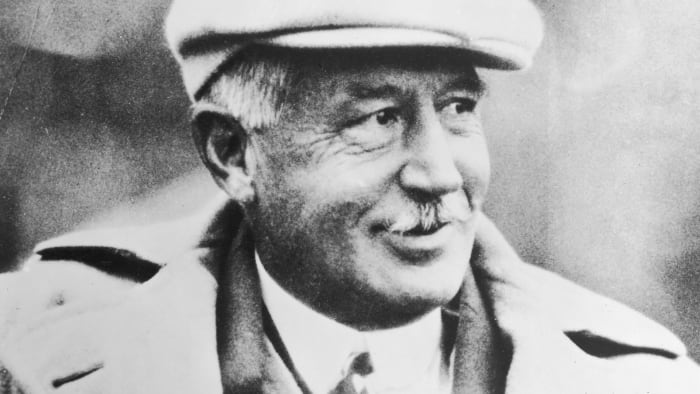 """Walter's Camp, """"The father of American football,"""" won three national titles at Yale."""